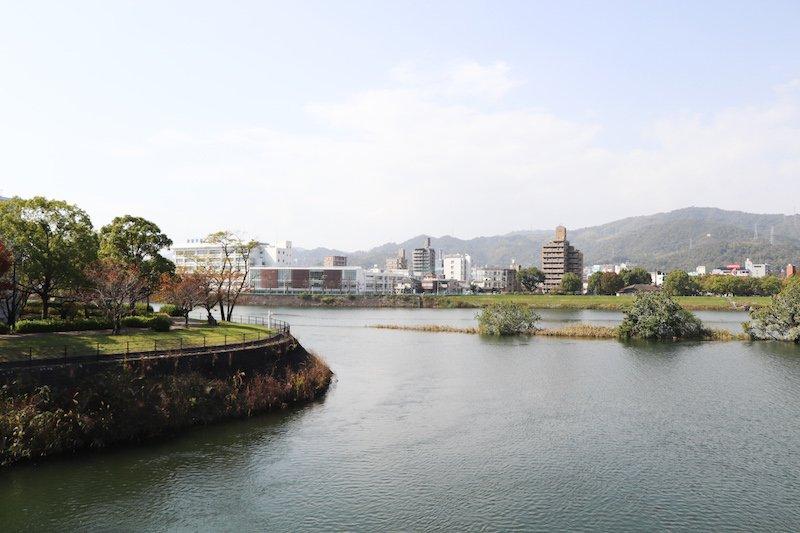 牛田本町近くを流れる旧太田川(本川)